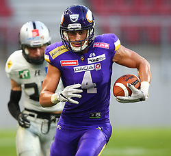 29.07.2017, Woertersee Stadion, Klagenfurt, AUT, AFL, Austrian Bowl XXXIII, Dacia Vikings Vienna vs Swarco Raiders Tirol, im Bild Bernhard Seikovits (Dacia Vikings Vienna, #4, QB, WR, K) // during the Austrian Football League Austrian Bowl XXXIII game between Dacia Vikings Vienna vs Swarco Raiders Tirol at the Woertersee Stadion, Klagenfurt, Austria on 2017/07/29. EXPA Pictures © 2017, PhotoCredit: EXPA/ Thomas Haumer