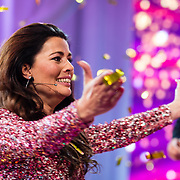 NLD/Amsterdam/20170507 - Gehandicapte Mis(s) verkiezing 2017, winnares Mirande Bakker - Brouwer