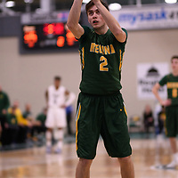 3rd year guard Samuel Hillis (2) of the Regina Cougars during the Men's Basketball home game on January 6 at Centre for Kinesiology, Health and Sport. Credit: Arthur Ward/Arthur Images