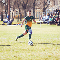 5th year Forward, Brianna Wright (7) of the Regina Cougars during the Women's Soccer away game on Sat Oct 06 at Universtity of Saskatchewan . Credit: Arthur Ward/Arthur Images