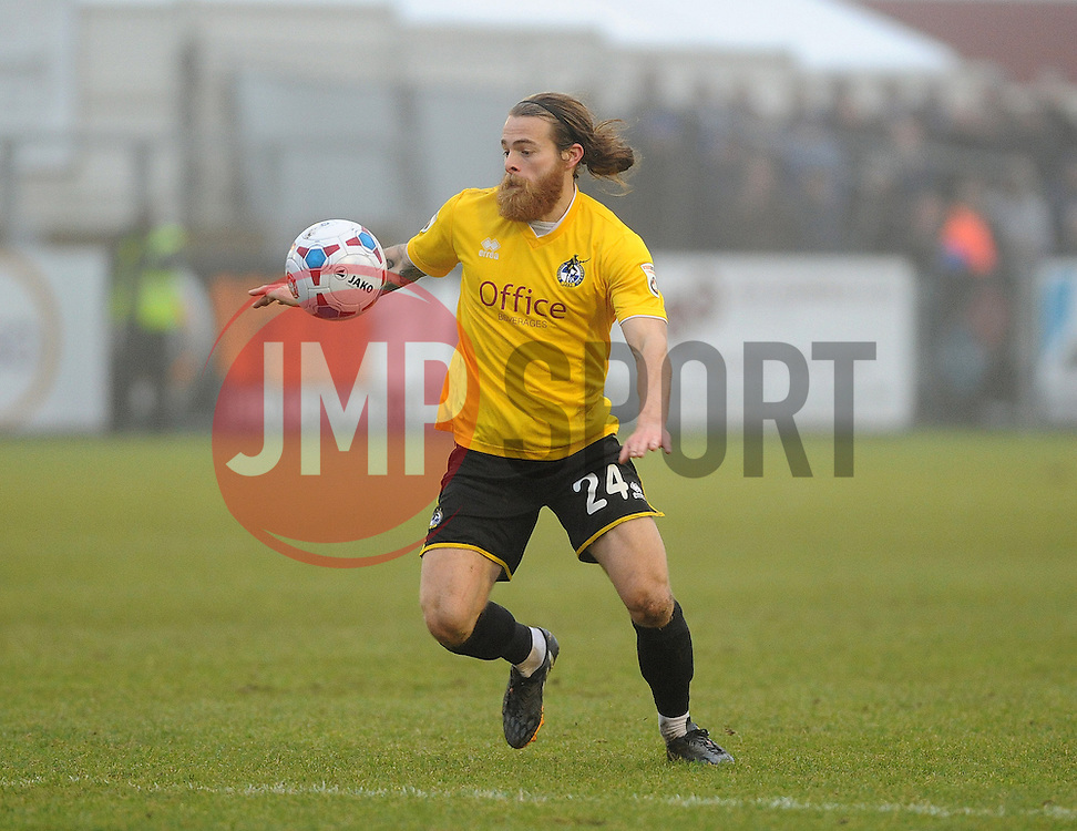 Bristol Rovers' Stuart Sinclair - Photo mandatory by-line: Neil Brookman/JMP - Mobile: 07966 386802 - 04/01/2015 - SPORT - football - Nuneaton - James Parnell Stadium - Nuneaton Town v Bristol Rovers - Vanarama Conference