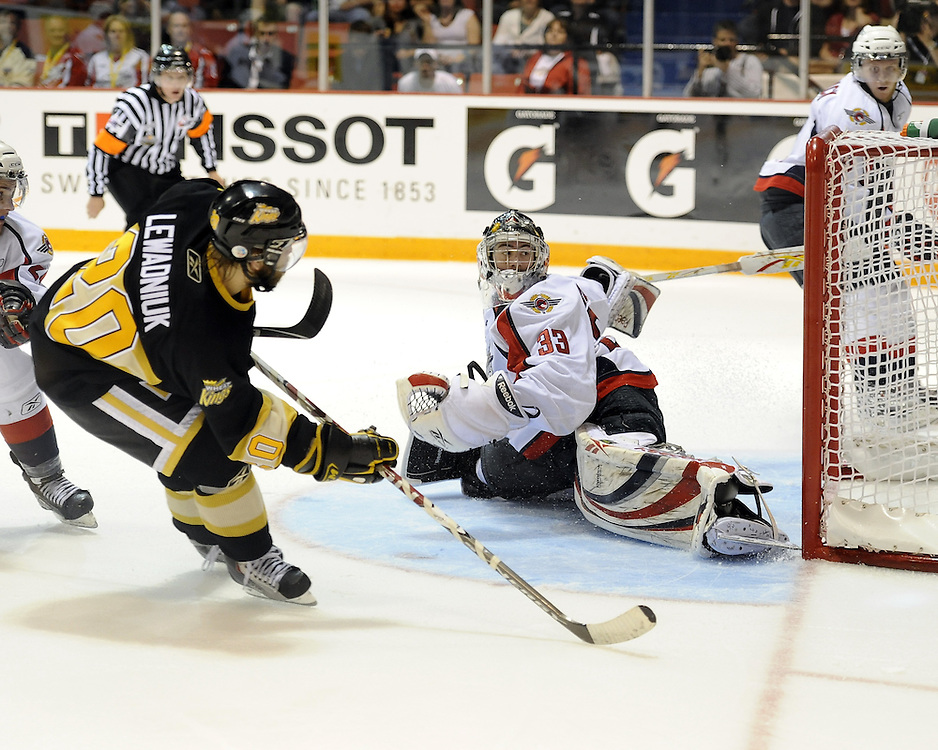 Aaron Lewadniuk of the brandon Wheat Kings scores a second period goal in the opening game of the 2010 MasterCard Memorial Cup in Brandon, MB. Photo by Aaron Bell/CHL Images