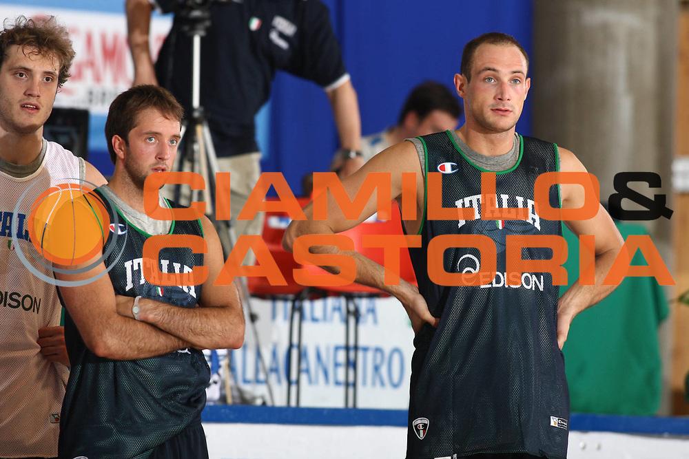 DESCRIZIONE : Bormio Raduno Collegiale Nazionale Italiana Maschile Allenamento<br /> GIOCATORE : Marco Cusin<br /> SQUADRA : Nazionale Italia Uomini <br /> EVENTO : Raduno Collegiale Nazionale Italiana Maschile <br /> GARA : <br /> DATA : 01/07/2010 <br /> CATEGORIA : Allenamento Ritratto<br /> SPORT : Pallacanestro <br /> AUTORE : Agenzia Ciamillo-Castoria/GiulioCiamillo<br /> Galleria : Fip Nazionali 2010 <br /> Fotonotizia : Bormio Raduno Collegiale Nazionale Italiana Maschile Allenamento<br /> Predefinita :