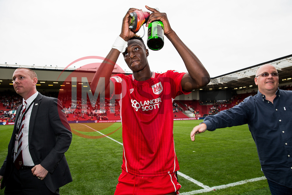 Goalscorer and man of the match Tammy Abraham of Bristol City celebrates after a 3-1 win - Rogan Thomson/JMP - 27/08/2016 - FOOTBALL - Ashton Gate Stadium - Bristol, England - Bristol City v Aston Villa - Sky Bet EFL Championship.