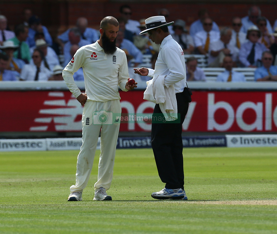 July 7, 2017 - London, United Kingdom - England's Moeen Ali  HAVING WORDS WITH uMPIRE.during 1st Investec Test Match between England and South Africa at Lord's Cricket Ground in London on July 06, 2017  (Credit Image: © Kieran Galvin/NurPhoto via ZUMA Press)