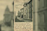 Zagreb : Kukovićeva ulica i palača bar.Vranyczanya. <br /> <br /> ImpresumZagreb : Naklada A. Brusine u Zagrebu, [1904].<br /> Materijalni opis1 razglednica : tisak ; 8,9 x 14 cm.<br /> SuradnikMosinger, Rudolf(1865.–1918.)<br /> NakladnikTiskara A. Brusina<br /> Mjesto izdavanjaZagreb<br /> Vrstavizualna građa • razglednice<br /> ZbirkaZbirka razglednica • Grafička zbirka NSK<br /> Formatimage/jpeg<br /> PredmetZagreb –– Andrije Hebranga<br /> SignaturaRZG-HEB-4<br /> Obuhvat(vremenski)20. stoljeće<br /> NapomenaRazglednica je putovala 1904. godine. • Poleđina razglednice namijenjena je samo za adresu. • Razglednica je izrađena po fotografiji R. Mosingera.<br /> PravaJavno dobro<br /> Identifikatori000954965<br /> NBN.HRNBN: urn:nbn:hr:238:450831 <br /> <br /> Izvor: Digitalne zbirke Nacionalne i sveučilišne knjižnice u Zagrebu