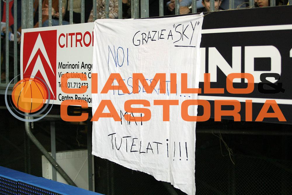 DESCRIZIONE : Cantu Lega A1 2007-08 Tisettanta Cantu Eldo Napoli<br /> GIOCATORE : Tifosi Striscione<br /> SQUADRA : Tisettanta Cantu<br /> EVENTO : Campionato Lega A1 2007-2008<br /> GARA : Tisettanta Cantu Eldo Napoli<br /> DATA : 15/03/2008<br /> CATEGORIA :<br /> SPORT : Pallacanestro<br /> AUTORE : Agenzia Ciamillo-Castoria/S.Ceretti