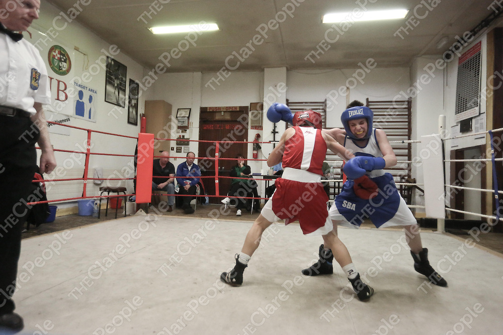 M Faulkner and Tyrone O Brien in action in the Clare County Boxing Championships in Ennis on Wednesday night.<br /> Pic. Brian Arthur/ Press 22.
