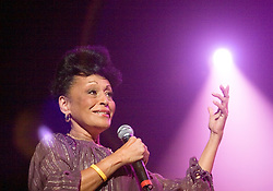 Sao Paulo, SP, Brasil    17/setember/2005.Omara Portuondo, cantora cubana, integrante do grupo Buena Vista Social Club durante apresentacao no Via Funchal./Omara Portuondo, cuban singer, Buena Vista Social Club group member during Via Funchal presentation.Foto Marcos Issa/Argosfoto