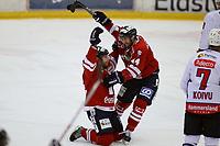 Ishockey , Get - ligaen <br /> 25.11.2010 <br /> Kristins Hall<br /> Lillehammer I.K  v  Lørenskog IK  2-3<br /> Foto:Dagfinn Limoseth  -  Digitalsport<br /> Stefan Sjödin og Stein Tore Bakken , Lillehammer