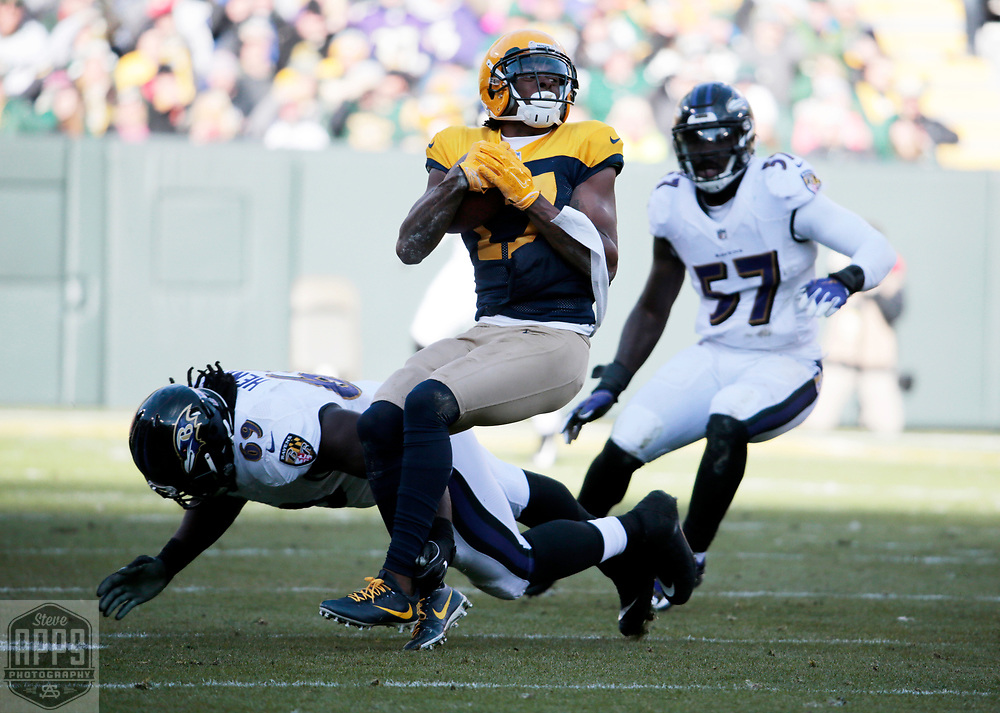 Green Bay Packers wide receiver Davante Adams (17) catches a 19-yard Green Bay Packers quarterback Brett Hundley (7) pass in the 3rd quarter. <br /> The Green Bay Packers hosted the Baltimore Ravens at Lambeau Field Sunday, Nov. 19, 2017. The Packers lost 23-0. STEVE APPS FOR THE STATE JOURNAL.