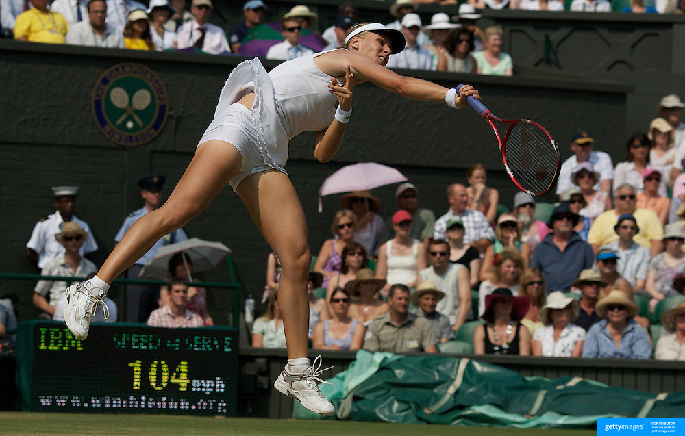 Elena Dementieva, Russia, in action against Serena Williams, USA,  in the Women's Singles Semi-Final at the All England Lawn Tennis Championships at Wimbledon, London, England on Thursday, July 02, 2009. Photo Tim Clayton.