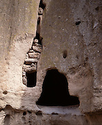 Kiva, Cliff Dwellings, Cliff Dwelling, Anasazi, Archeology, Native, Native Americans, Native American, Bandelier National Monument, New Mexico
