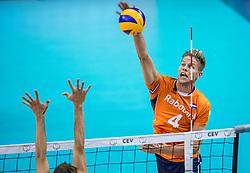 19-08-2017 NED: Oefeninterland Nederland - Italië, Apeldoorn<br /> De Nederlandse volleybal mannen spelen hun tweede oefeninterland van twee in Topsporthal De Voorwaarts tegen Italie als laatste voorbereiding op het EK in Polen / Thijs ter Horst #4