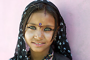 Portrait of a beautiful young girl from the Rajasthan Thar desert (India).