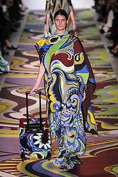 February 23, 2017 - Milan, ITALY - Emilio Pucci.MODEL ON CATWALK WOMAN, MILAN MILANO FASHION WEEK 2017 WOMEN READY TO WEAR FOR FALL WINTER, DEFILE, FASHION SHOW RUNWAY COLLECTION, PRET A PORTER, MODELWEAR, MODESCHAU LAUFSTEG AUTUMN HERBST .MILFW17 (Credit Image: © PPS via ZUMA Wire)