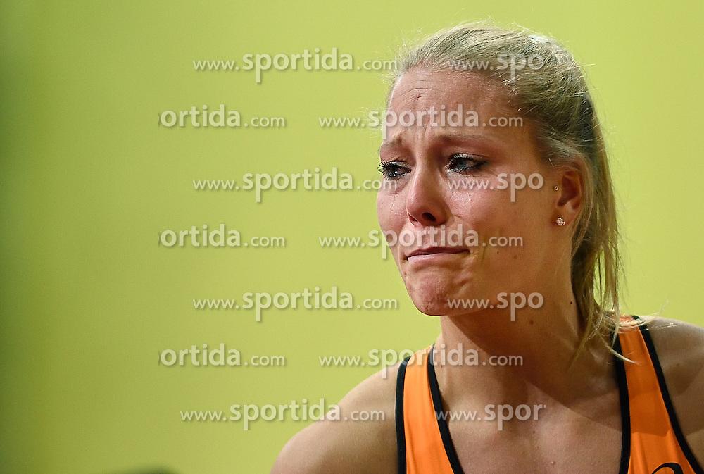 06-03-2015 CZE: European Athletics Indoor Championships, Prague<br /> Nadine Broersen heeft tijdens de EK indoor voortijdig de strijd op de meerkamp moeten staken.