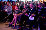 Koningin Maxima bezoekt dinsdagmiddag 22 november de 'Digitale Werkplaats' in Hangar 11 op Vliegveld Twente. De Digitale Werkplaats is een tweedaags initiatief van Google Nederland, Qredits Microfinanciering Nederland en gemeenten om digitale vaardigheden bij ondernemers te stimuleren.<br /> <br /> Queen Maxima visit Tuesday November 22 the &quot;Digital Workshop&quot; in Hangar 11 at Airport Twente. Digital Workshop is a two-day initiative from Google Netherlands, Netherlands Qredits Microfinance and municipalities to digital skills among entrepreneurs stimuleren.