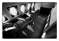 *En_USA, February 1990 - Fly from USA to Prague                *Cz_USA, February 1990 - Behem letu  z USA  do Prahy