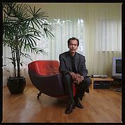 28-06-2001-Nederland-Twello, Dhr. Pieter Thenu vice president van de RMS regering in balingschap.<br />Foto: Sake Elzinga<br />Bestemd voor het boek 'ANAK MAS'   No.  28 W