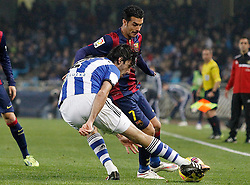04.01.2015, Anoeta Stadium, San Sebastian, ESP, Primera Division, Real Sociedad vs FC Barcelona, 17. Runde, im Bild Real Sociedad's Carlos Martinez Diez (l) and FC Barcelona's Pedro Rodriguez // during the Spanish Primera Division 17th round match between Real Sociedad and Barcelona FC at the Anoeta Stadium in San Sebastian, Spain on 2015/01/04. EXPA Pictures © 2015, PhotoCredit: EXPA/ Alterphotos/ Acero<br /> <br /> *****ATTENTION - OUT of ESP, SUI*****