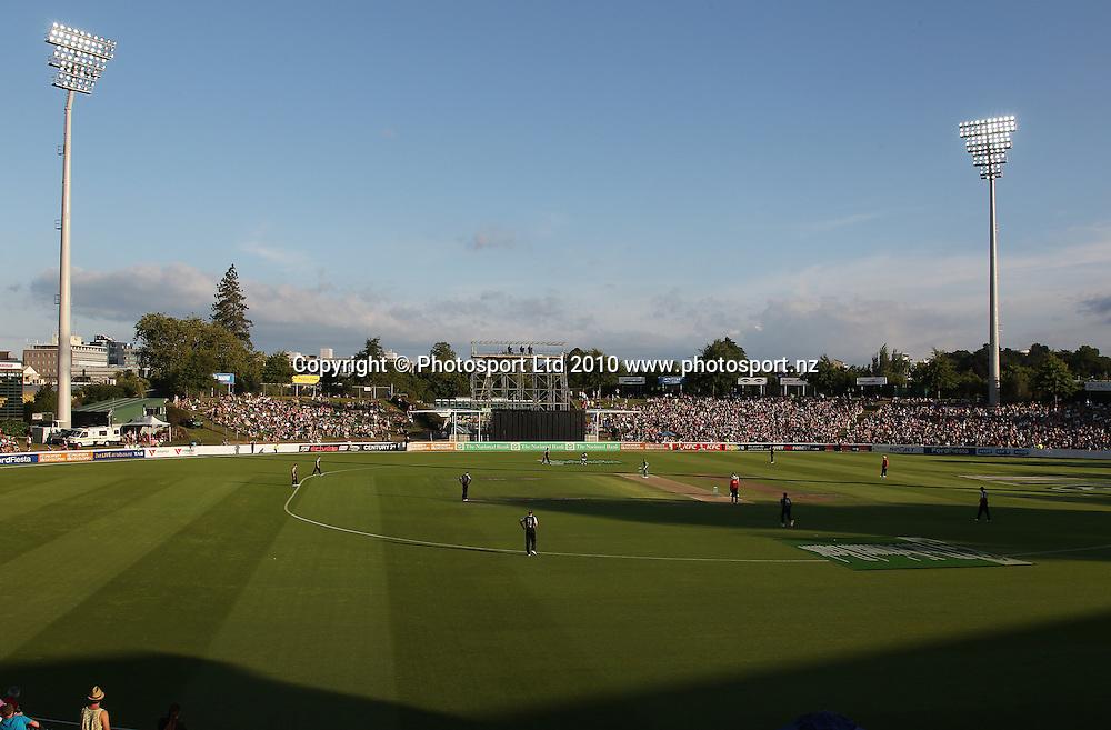Seddon Park.<br />Cricket, KFC Twenty20 Match.<br />New Zealand Black Caps versus Bangladesh.<br />Seddon Park, Hamilton, New Zealand.<br />Tuesday 3 February 2010.<br />Photo: Andrew Cornaga/PHOTOSPORT