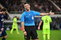 Mark CLATTENBURG - 15.04.2015 - Paris Saint Germain / Barcelone - 1/4Finale Aller Champions League<br />Photo : Dave Winter / Icon Sport