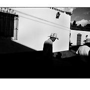 """Autor de la Obra: Aaron Sosa<br /> Título: """"Serie: Venezuela Cotidiana""""<br /> Lugar: Sanare, Estado Lara - Venezuela <br /> Año de Creación: 2004<br /> Técnica: Captura digital en RAW impresa en papel 100% algodón Ilford Galeríe Prestige Silk 310gsm<br /> Medidas de la fotografía: 33,3 x 22,3 cms<br /> Medidas del soporte: 45 x 35 cms<br /> Observaciones: Cada obra esta debidamente firmada e identificada con """"grafito – material libre de acidez"""" en la parte posterior. Tanto en la fotografía como en el soporte. La fotografía se fijó al cartón con esquineros libres de ácido para así evitar usar algún pegamento contaminante.<br /> <br /> Precio: Consultar<br /> Envios a nivel nacional  e internacional."""