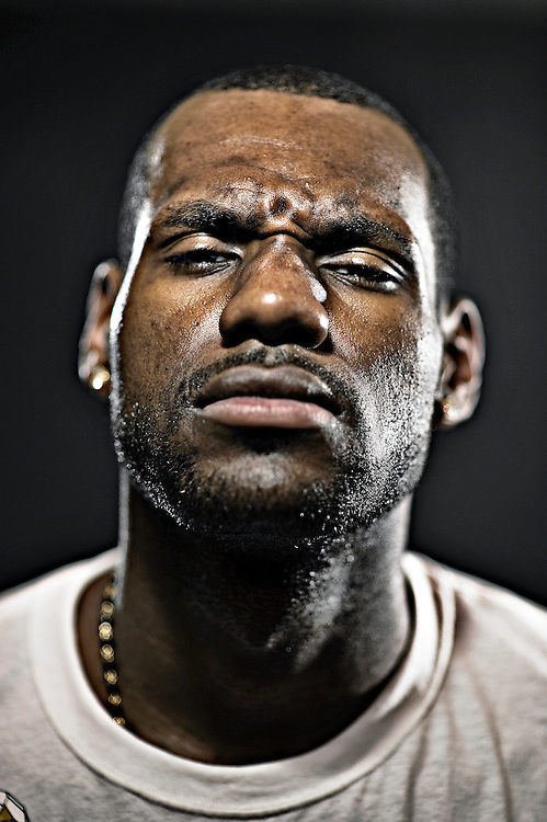 """FRIDAY AUGUST 21, 2009 AKRON OHIO- Cleveland Cavaliers star Lebron James poses for a picture at the Summit Lake Community Center in the neighborhood he grew up in. James came to the community center during the """"More Than a Game"""" world tour. More Than a Game is a documentary made about his life. PHOTO BY JOSH RITCHIE"""