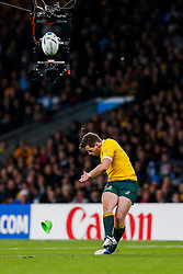Australia Fly-Half Bernard Foley kicks a Penalty - Mandatory byline: Rogan Thomson/JMP - 07966 386802 - 25/10/2015 - RUGBY UNION - Twickenham Stadium - London, England - Argentina v Australia - Rugby World Cup 2015 Semi Finals.