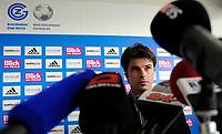 Trainer Ciriaco Sforza an der Pressekonferenz.© Valeriano Di Domenico/EQ Images