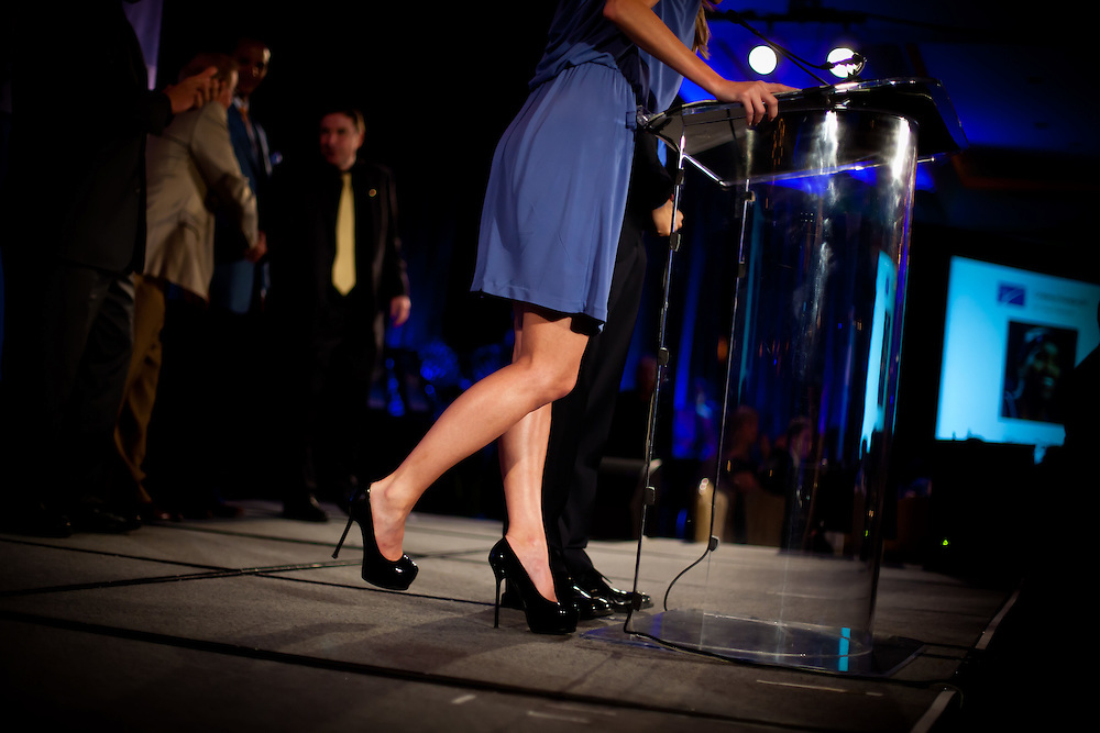 SARASOTA, FL -- May 20, 2011 -- ESPN sportscaster Erin Andrews introduces players and coaches during the 6th Annual Dick Vitale Gala at the Ritz-Carlton Sarasota on May 20, 2011.  Money raised goes to the V Foundation for cancer research.   (PHOTO / CHIP LITHERLAND)