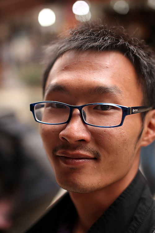Erwin, aquarium specialist from Hainan Island, Yunnan, China; September, 2013.