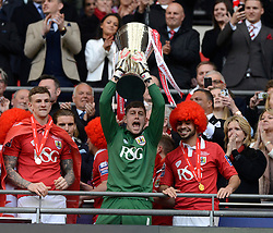 Bristol City Goalkeeper, Frank Fielding lifts the JPT Trophy  - Photo mandatory by-line: Joe Meredith/JMP - Mobile: 07966 386802 - 22/03/2015 - SPORT - Football - London - Wembley Stadium - Bristol City v Walsall - Johnstone Paint Trophy Final