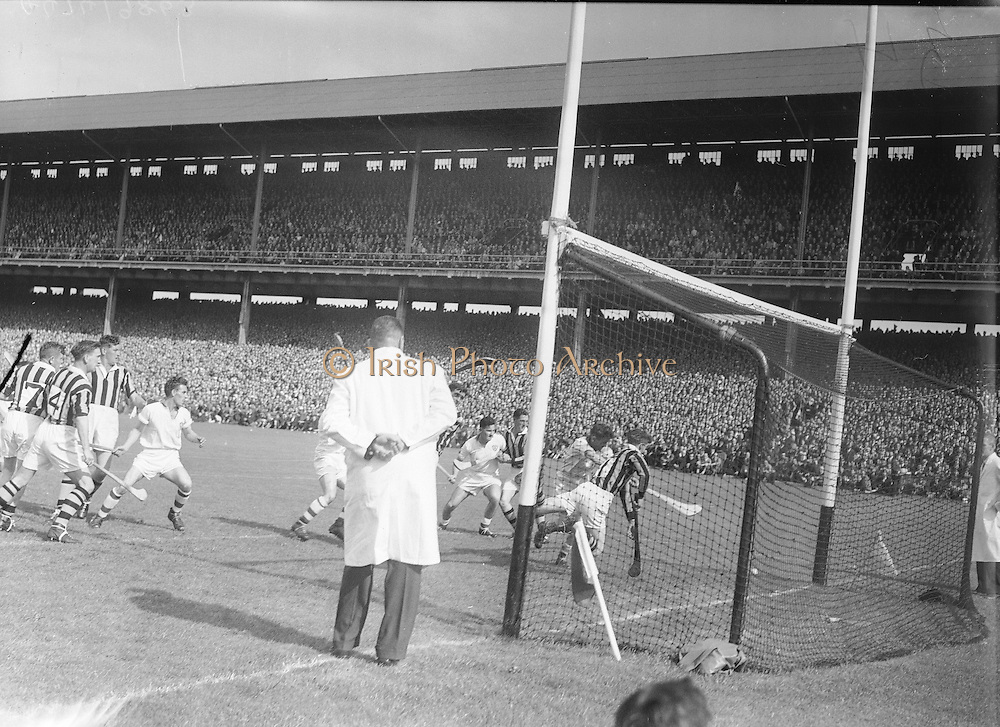 All Ireland Senior Hurling Championship - Final,.1091957AISHCF,.01.09.1957, 09.01.1957, 1st September 1957,..Kilkenny 04-10  Waterford 03-12,...