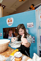 Armed with their brand new no mess flour tubs, The Odlums Roadshow came to Galway Shopping Centre on Saturday. Shoppers queued up to watch icing demo's, win Odlums goodies and taste the delicious Odlums cakes. The Great Irish Bakeoff sponsored by Odlums had contributed to a renewed interest in baking nationwide' . At the event were Aine Ni Chainte Moycullen . Photo:Andrew Downes.