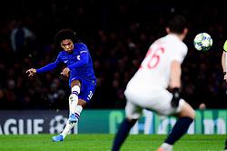 Willian of Chelsea has a shot on goal - Mandatory by-line: Ryan Hiscott/JMP - 10/12/2019 - FOOTBALL - Stamford Bridge - London, England - Chelsea v Lille - UEFA Champions League group stage