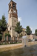 Campanile della chiesa di San Giorgio a Cornate d'Adda...Bell tower of St George church at Cornate d'Adda