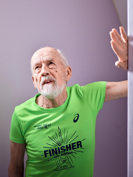 Bernard Alsat, 80 years-old marathon runner, at home. Orsay, France. March 28, 2017.<br /> Bernard Alsat, marathonien de 80 ans, chez lui. Orsay, France. 28 mars, 2017.