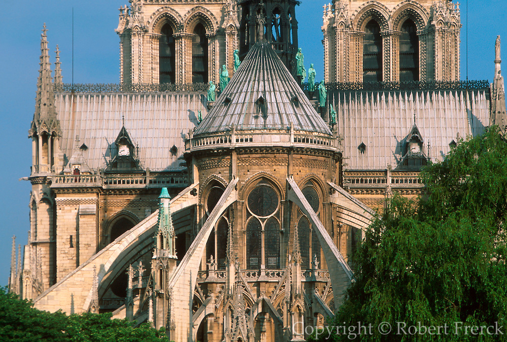 FRANCE, PARIS, CITY CENTER The Ile de la Cite, Notre Dame Cathedral showing the flying buttresses supporting the choir