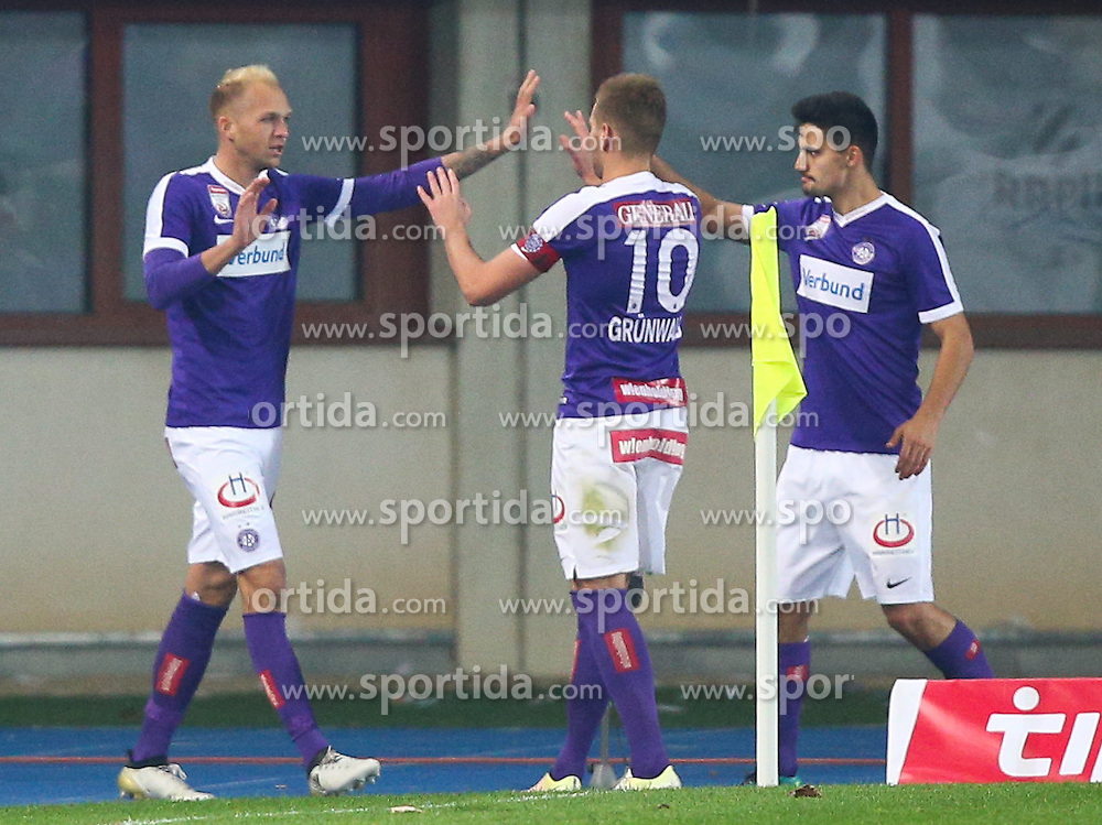 30.10.2016, Ernst Happel Stadion, Wien, AUT, 1. FBL, FK Austria Wien vs SK Puntigamer Sturm Graz, 13. Runde, im Bild Torjubel Raphael Holzhauser (FK Austria Wien), Alexander Gruenwald (FK Austria Wien) und Tarkan Serbest (FK Austria Wien) // during Austrian Football Bundesliga Match, 13th Round, between FK Austria Vienna and SK Puntigamer Sturm Graz at the Ernst Happel Stadion, Vienna, Austria on 2016/10/31. EXPA Pictures © 2016, PhotoCredit: EXPA/ Thomas Haumer