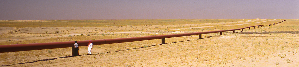 Pipeline on the border between Kuwait and Saudi Arabia.