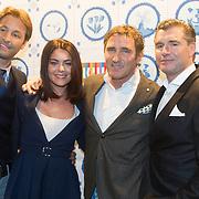 NLD/Amsterdam/20151119 - Inloop Sbs Jaarpresentatie 2016, Viktor Brand en Kim-Lian van der Meij en .......