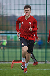 NEWPORT, WALES - Thursday, March 21, 2019: Wales' Mark Harries during an Under-21 training session at Dragon Park. (Pic by David Rawcliffe/Propaganda)