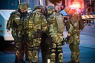 York County Quick Response Team.©John A. Pavoncello/Pho-Tac.com.August 28, 2008.Barricade suspect in York City - Actual event