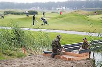 SPIJK - Militairen van de Genie maken bruggen op The Dutch , voor het KLM Open 2016. COPYRIGHT KOEN SUYK