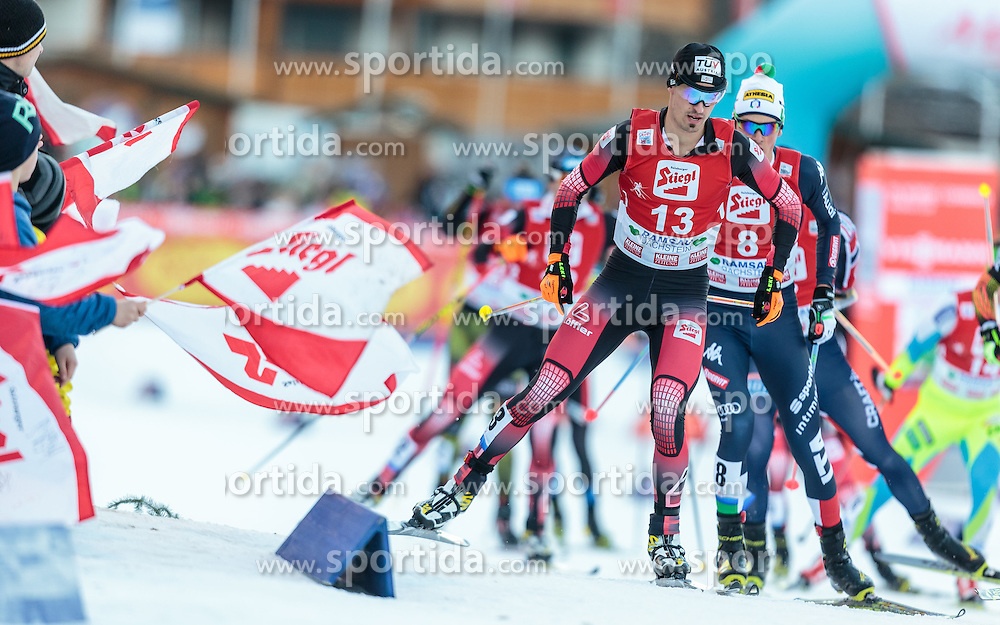 20.12.2015, Nordische Arena, Ramsau, AUT, FIS Weltcup Nordische Kombination, Langlauf, im Bild Lukas Klapfer (AUT) // Lukas Klapfer of Austria during Cross Country Competition of FIS Nordic Combined World Cup, at the Nordic Arena in Ramsau, Austria on 2015/12/20. EXPA Pictures © 2015, PhotoCredit: EXPA/ JFK