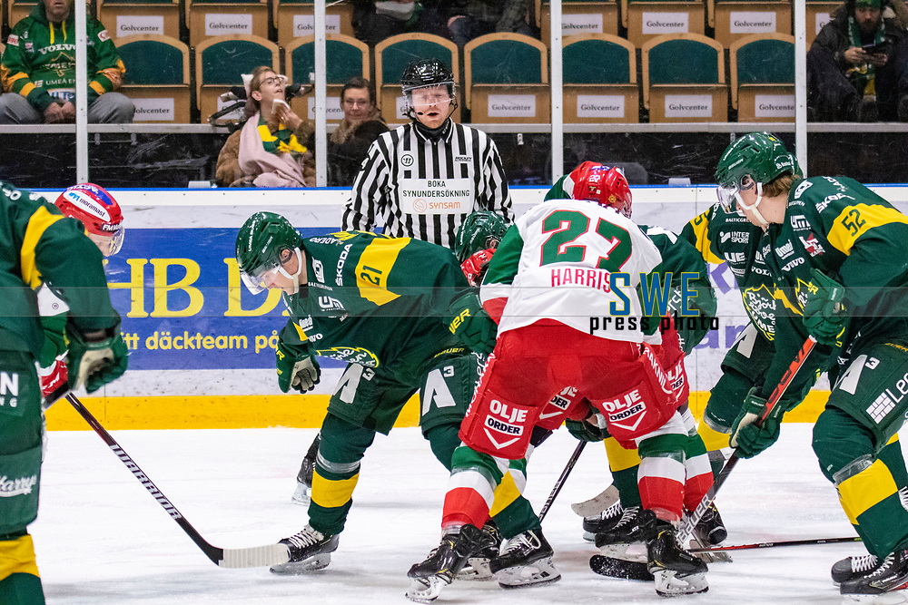 2019-12-02 | Umeå, Sweden:Referee say don´t fooling around with the puck guys in  HockeyAllsvenskan during the game  between Björklöven and Mora at A3 Arena ( Photo by: Michael Lundström | Swe Press Photo )<br /> <br /> Keywords: Umeå, Hockey, HockeyAllsvenskan, A3 Arena, Björklöven, Mora, mlbm191202