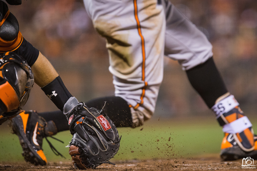San Francisco Giants catcher Buster Posey (28) catches a pitch against the Baltimore Orioles at AT&T Park in San Francisco, Calif., on August 12, 2016. (Stan Olszewski/Special to S.F. Examiner)