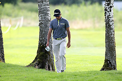26.06.2015, Golfclub München Eichenried, Muenchen, GER, BMW International Golf Open, Tag 2, im Bild Rafa Cabrera-Bello (ESP) im Rough // during day two of the BMW International Golf Open at the Golfclub München Eichenried in Muenchen, Germany on 2015/06/26. EXPA Pictures © 2015, PhotoCredit: EXPA/ Eibner-Pressefoto/ Kolbert<br /> <br /> *****ATTENTION - OUT of GER*****